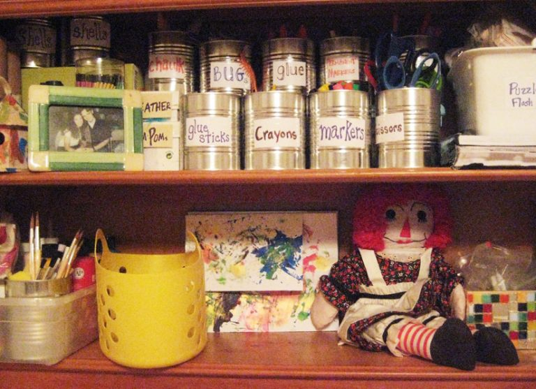 Storage Ideas: Cleaning and Ridding Your home of Clutter