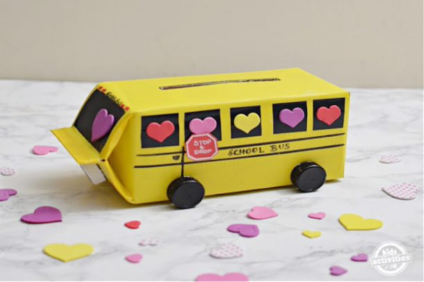 school bus valentine's day box for boys - love the school bus mail box for Valentines