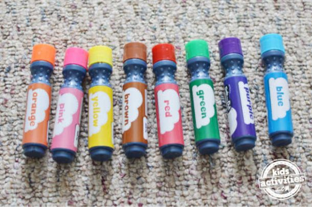 Play what is missing with a pack of markers