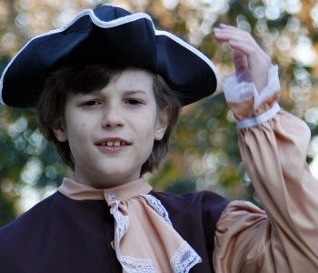 4th grade boy in American colonist costume