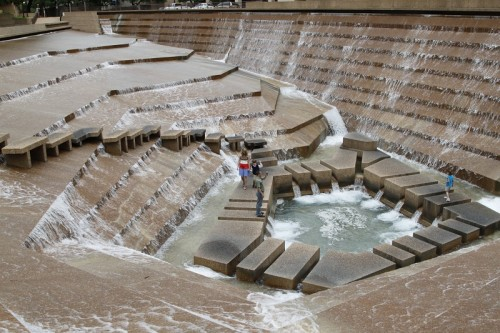 Fort Worth Water Gardens large walk in fountain