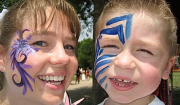 mom and son with face painting 600x350