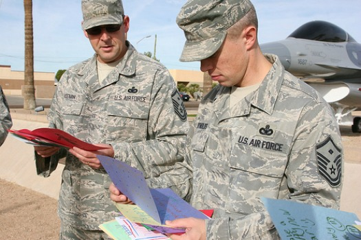 soliders camo reading cards large
