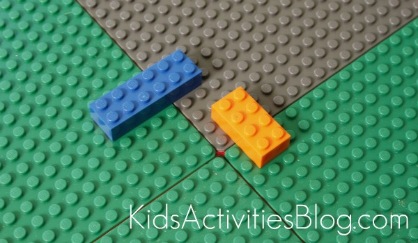 Lego Table gluing using blocks for spacers