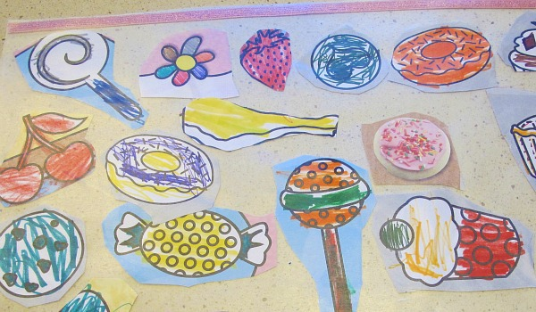 colored art placemat