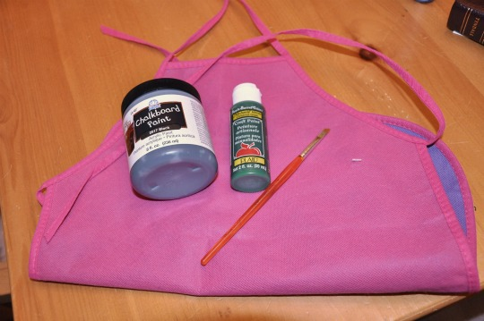 chalkboard apron supplies