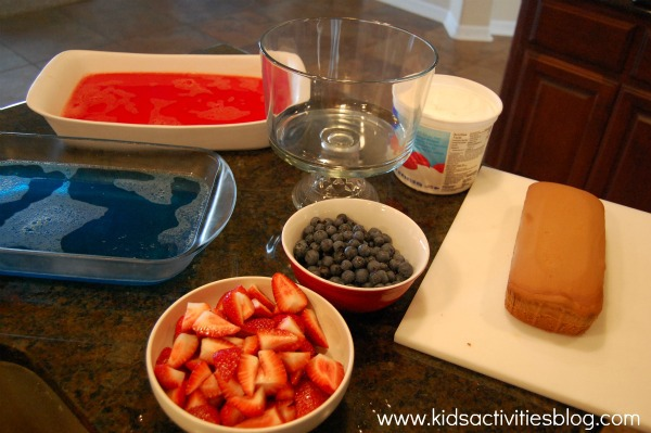4th of July dessert directions step 2 - cut everything into bite size pieces