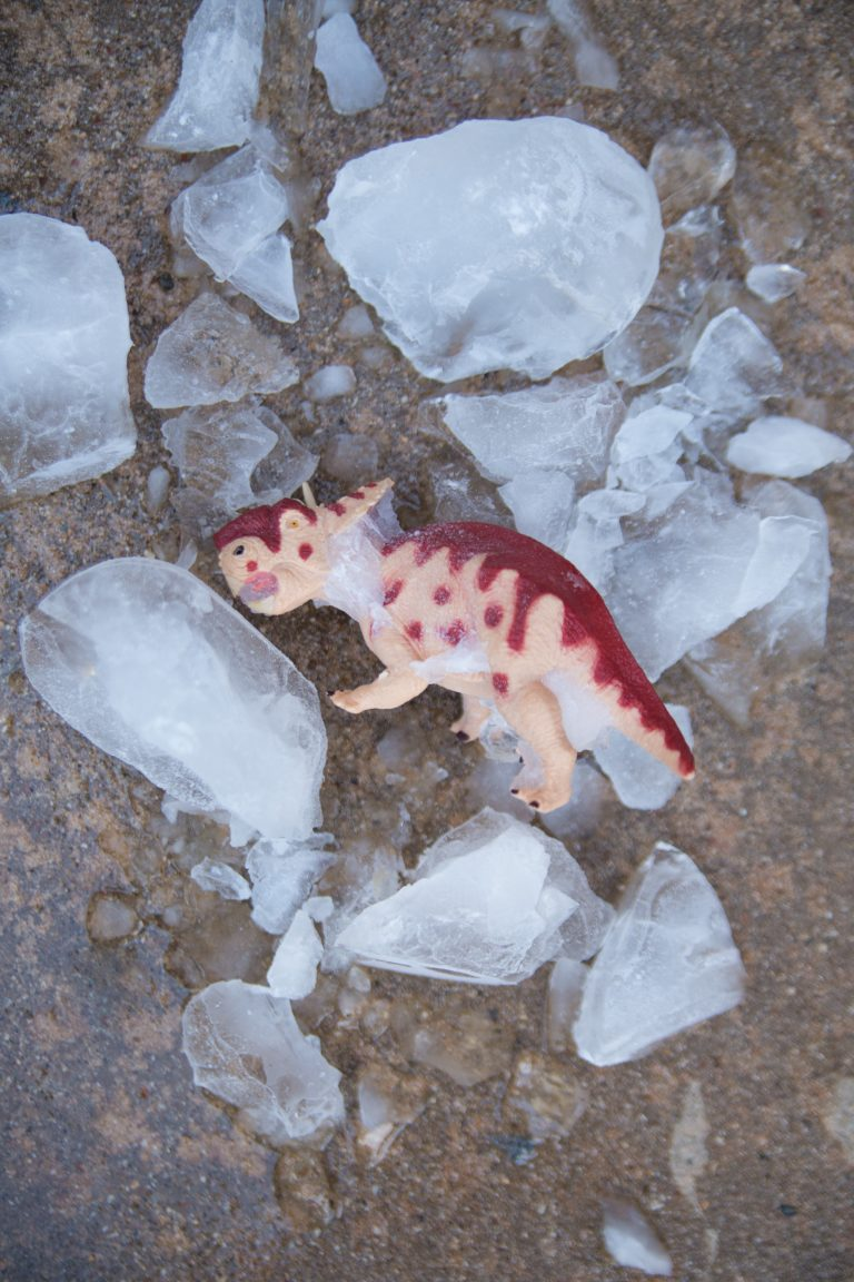 Games With Ice: Dinosaur Breakout