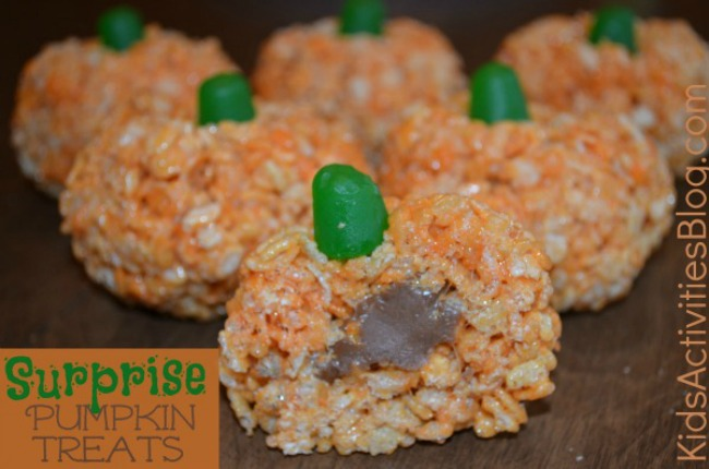 Halloween rice crispy treats that look like pumpkins