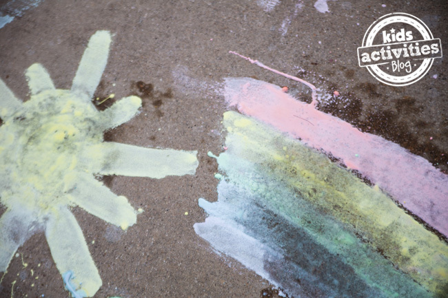 Fizzing-Sidewalk-Paint makes a great homemade gift