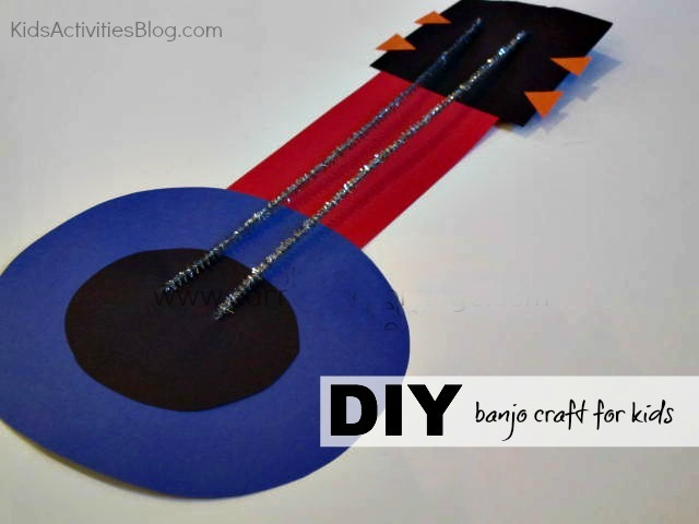 Paper Craft: Make a Banjo {Learn About Instruments}