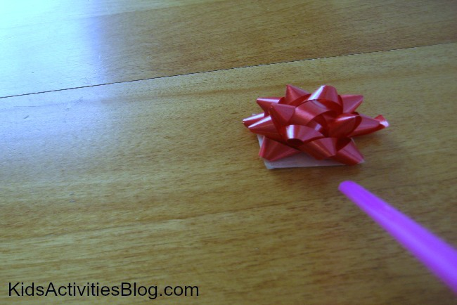 air experiment with christmas treasures