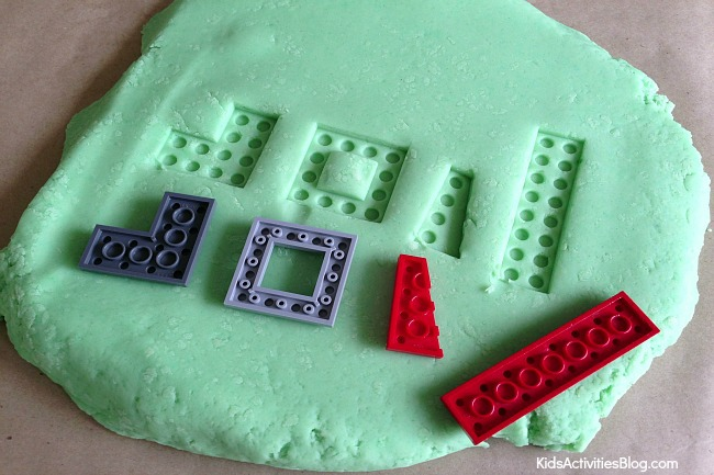 Fun Game for Kids Using LEGOs and Play Dough!!