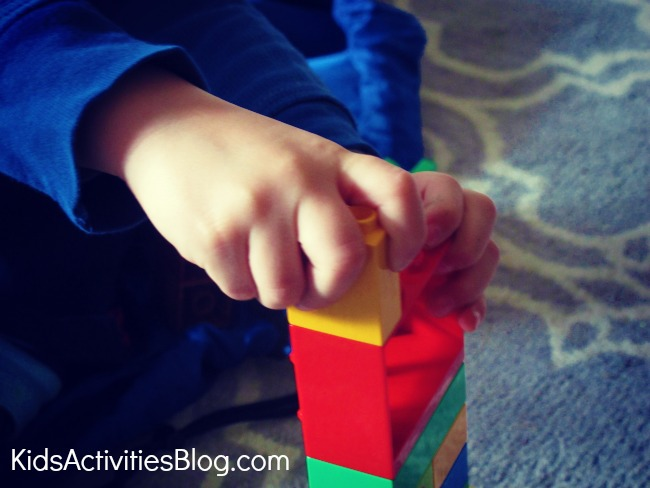 The Greek Labyrinth LEGO Maze for kids {How to make a labyrinth}