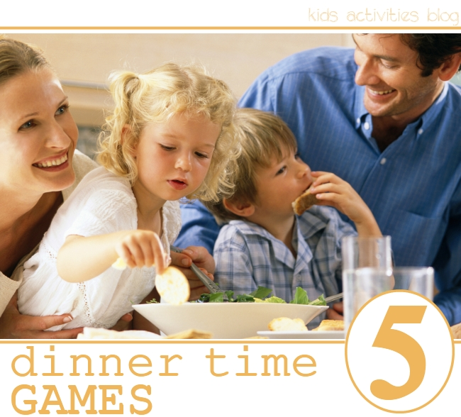 5 dinner games for families