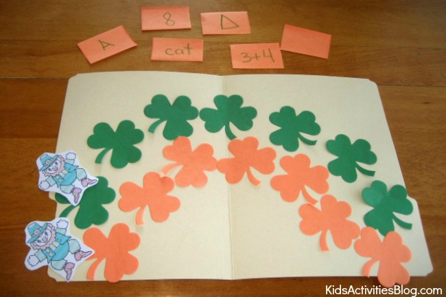 File Folder Game {Make Your Own} - Kids love them!