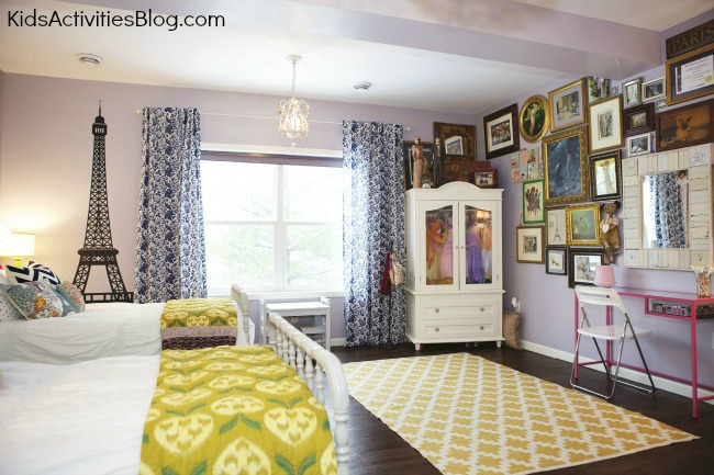 Room Makeover: Shared Room {Paris Themed Room}