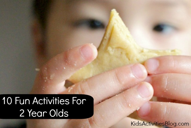 Fun Activities for 2 Year Olds {10 Favorite}