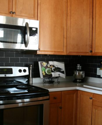 chalkboard paint backsplash and chalk make subway tile backsplash in kitchen