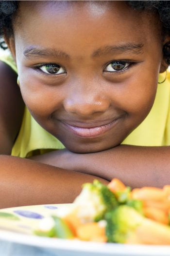 Easy Family Dinners with Kids - Kids Activities Blog