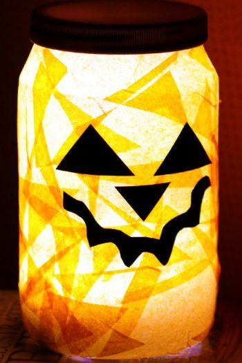Adorable Halloween Night Light that Kids Can Make | Kids Activities Blog