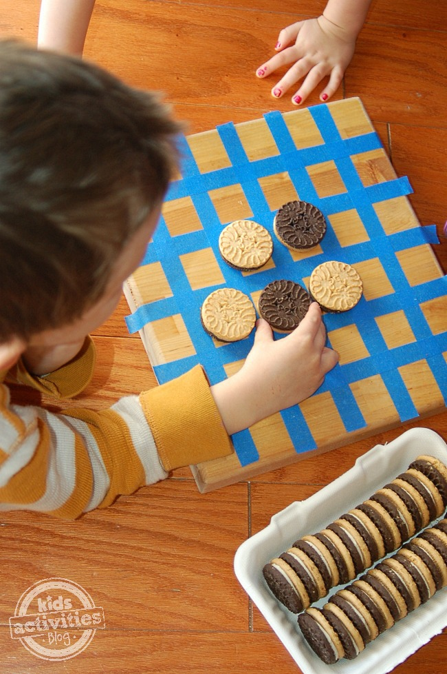 Cookie Othello - Homemade Game for Kids - Kids Activities Blog