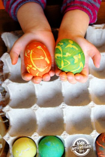 dye easter eggs with hot glue