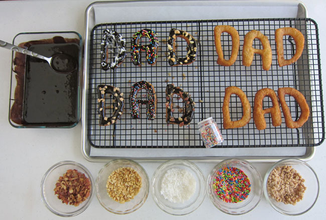 Decorate Doughnuts for Dad