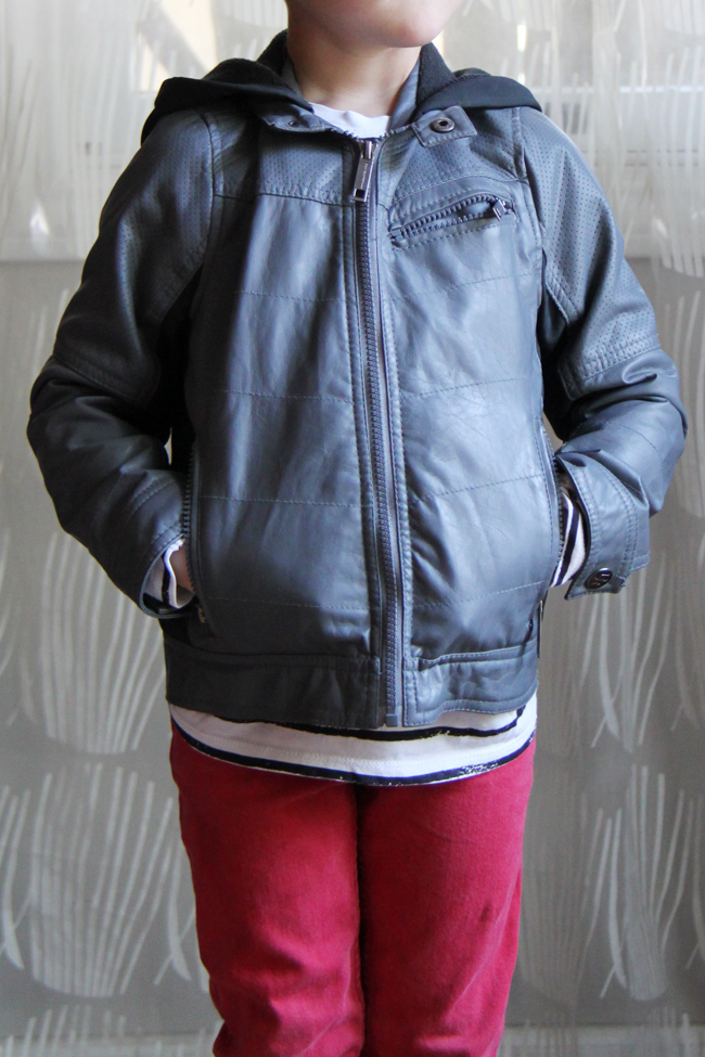 {Kid Hacks} 2 Easy Ways to Put on a Jacket Without Help