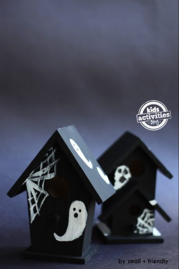 Halloween Craft: Super Cute and Spooky Mini Haunted Houses