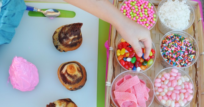kids birthday party idea have a cupcake decorating bar