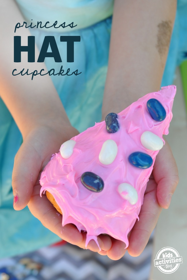 easy to make cupcakes in the shape of hats cute idea for girls birthday