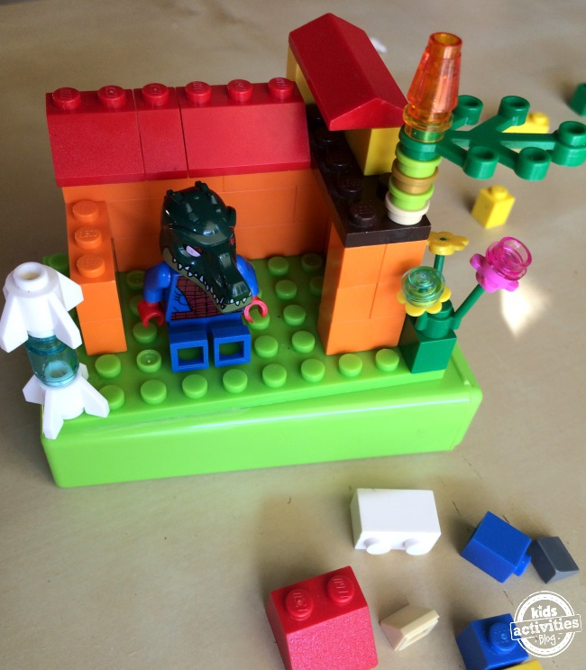 lego case your kids can make with an empty gum box text free