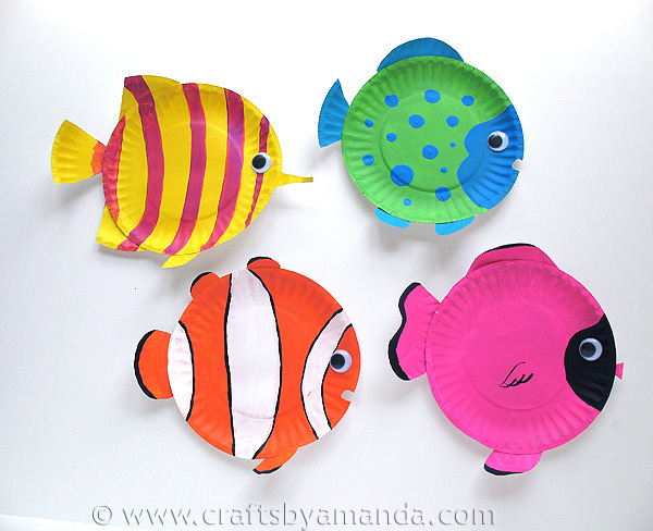 Paper Plate Tropical Fish by Amanda Formaro