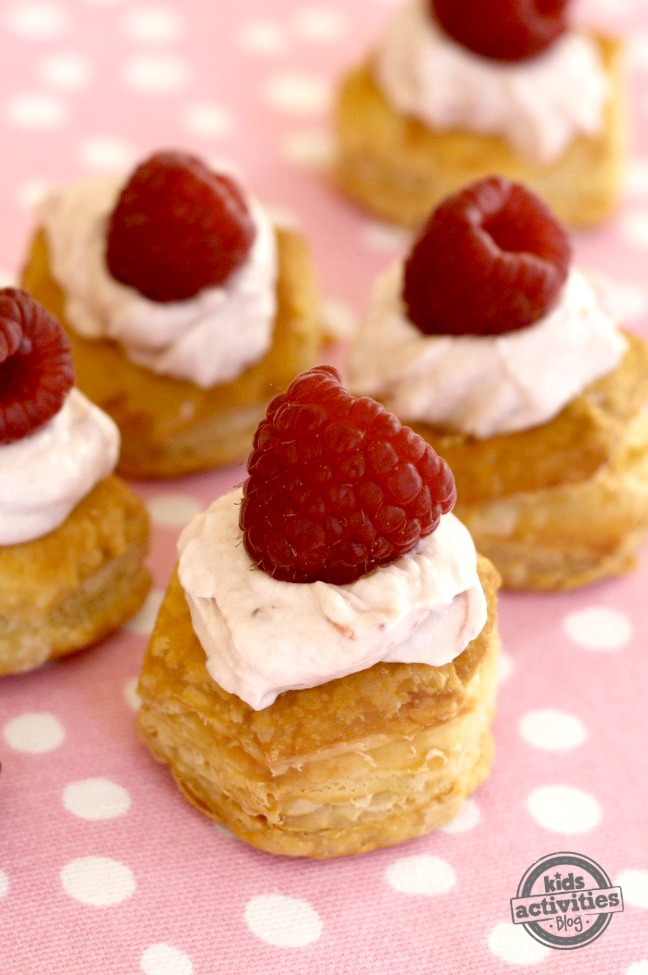 Double Berry Cream Puffs