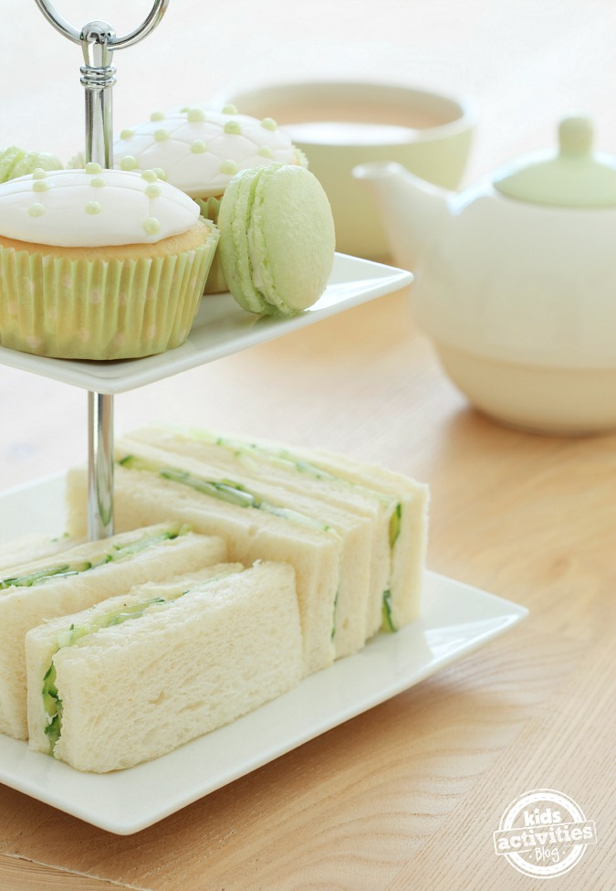 Let's Have a Green Tea Party to Celebrate St. Patricks Day!