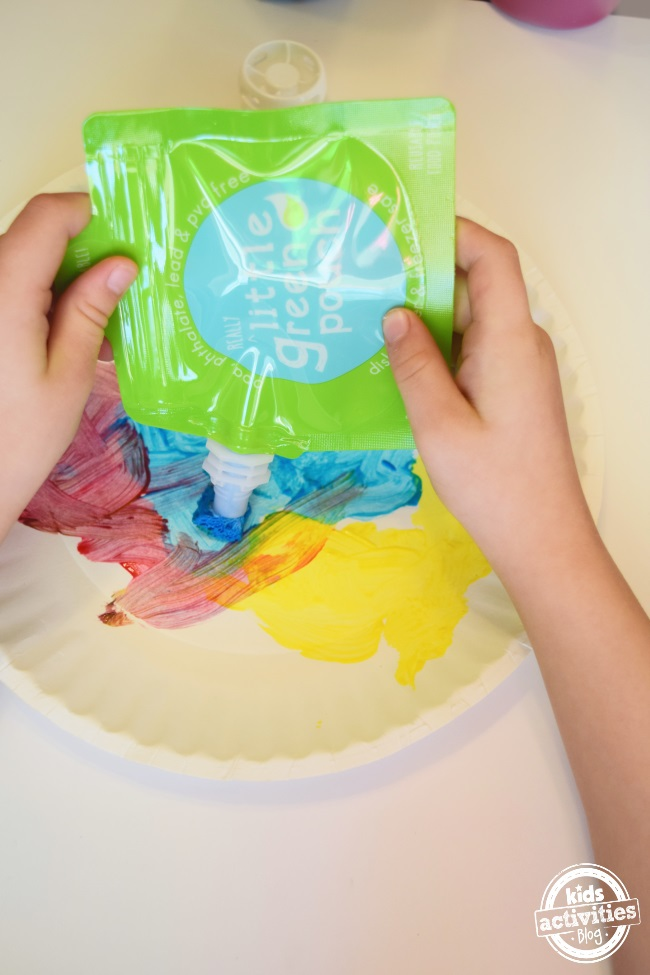 Refillable Paint Brushes – with Little Green Pouch
