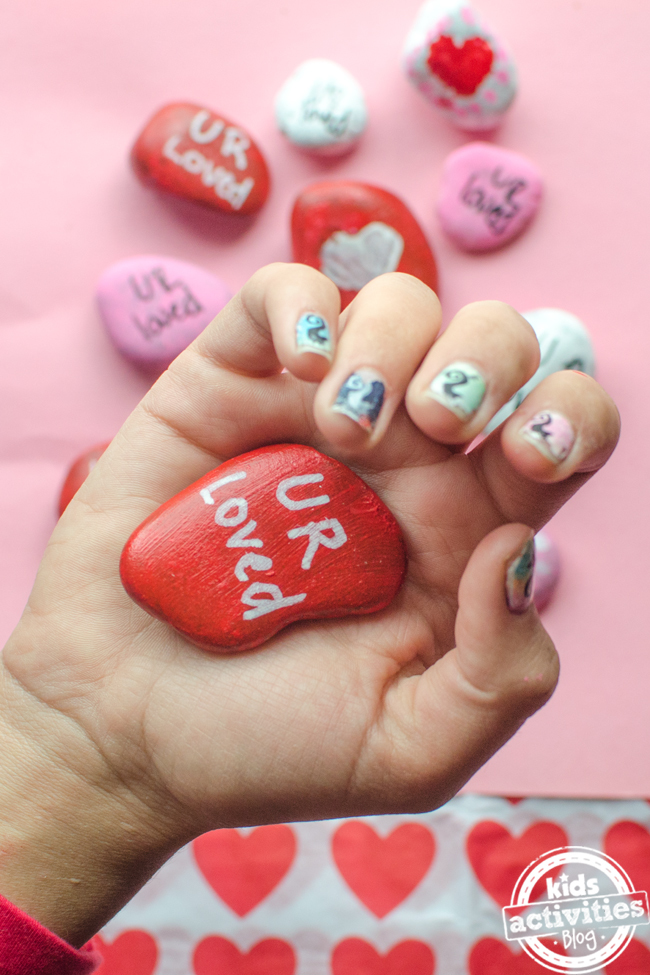 Valentine's Day Painting Ideas for Kids – Paint Heart Rocks