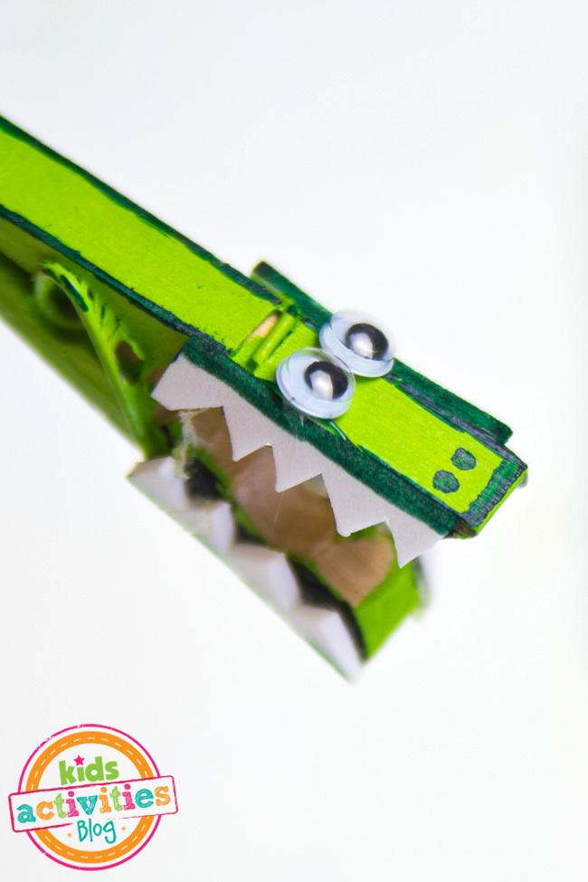 Alligator Clothespin Craft-10 copy