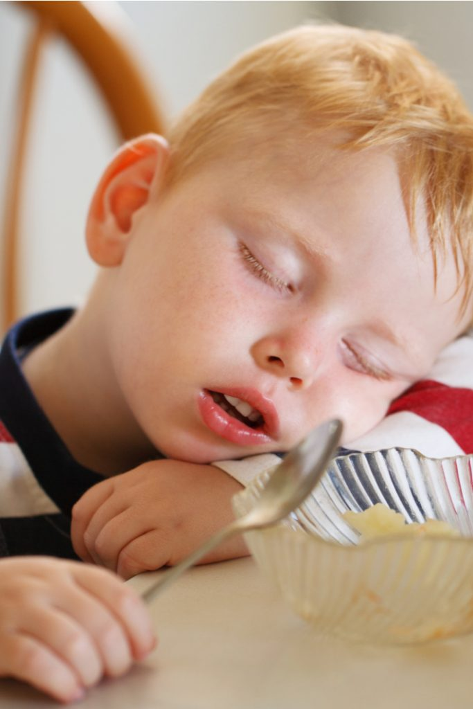 These kids can not stay awake video - Kids Activities Blog