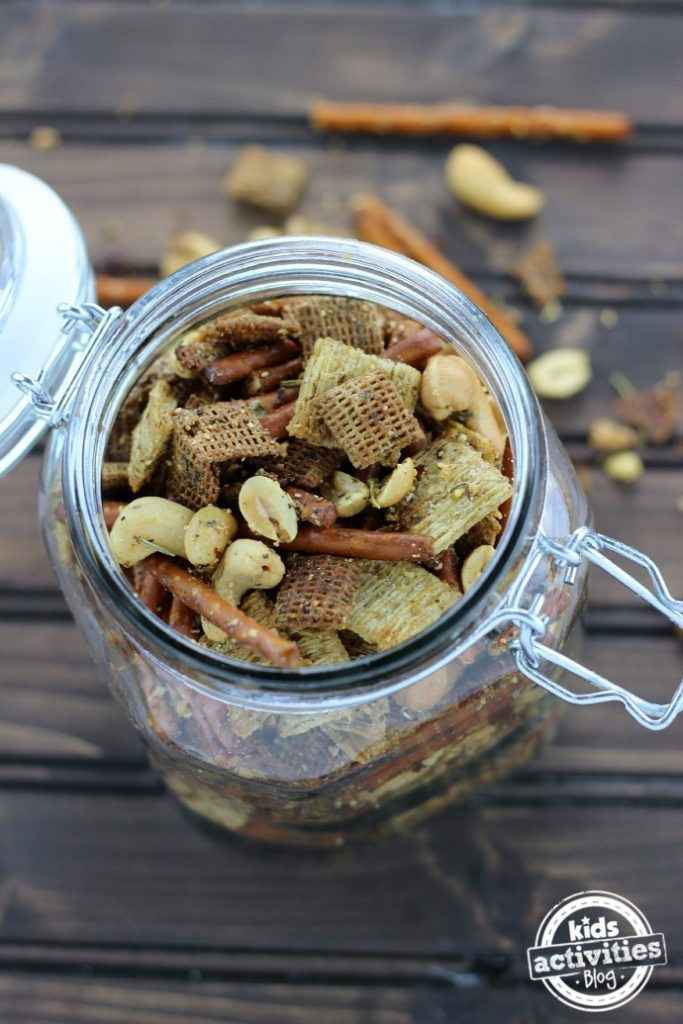 Kids toasted trail mix