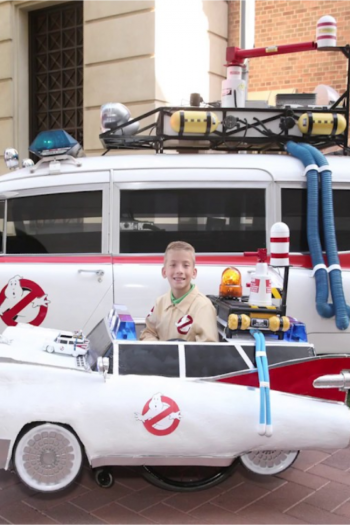 A boy in a wheel chair made his costume look like the ghostbusters vehicle