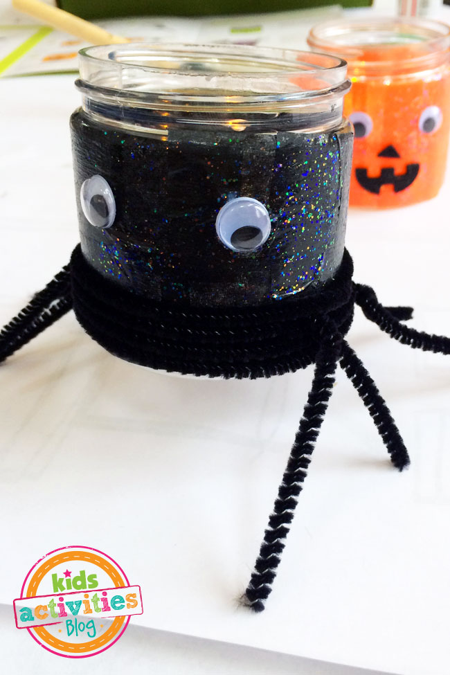 Fun with Halloween Crafts for Kids from Kiwi Crate