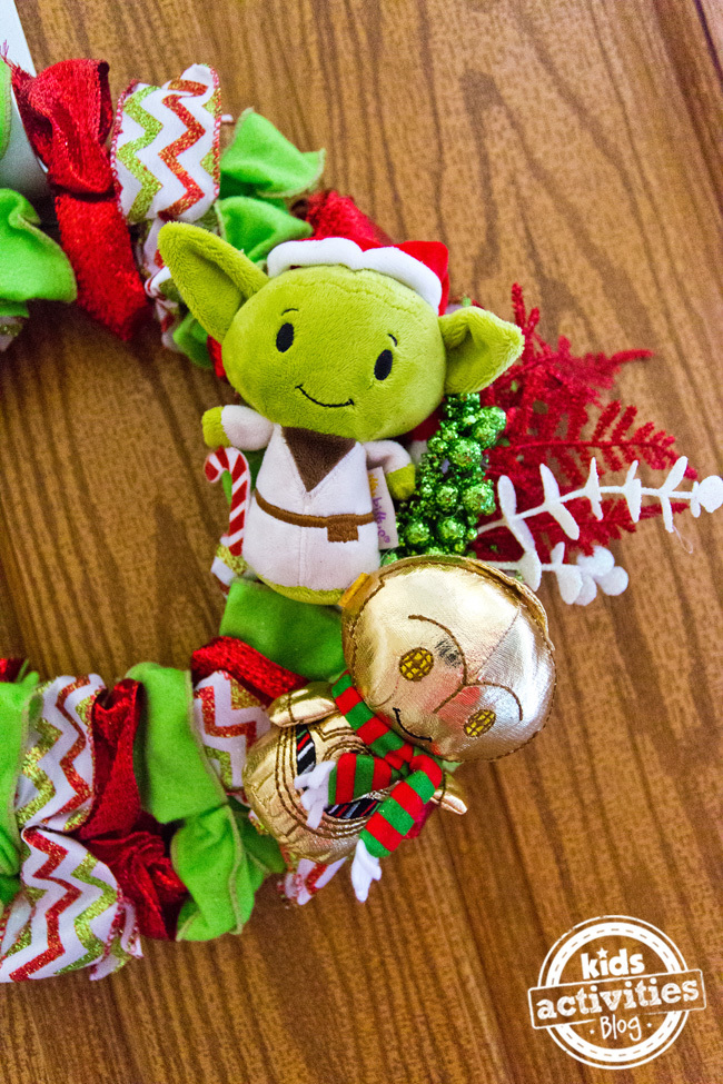 DIY Star Wars Holiday Wreath
