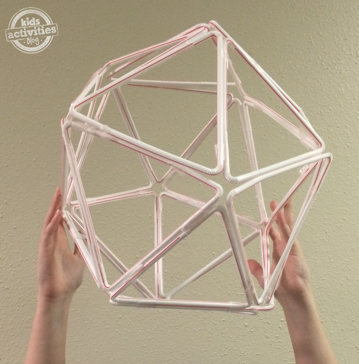 how to make a giant globe from straws