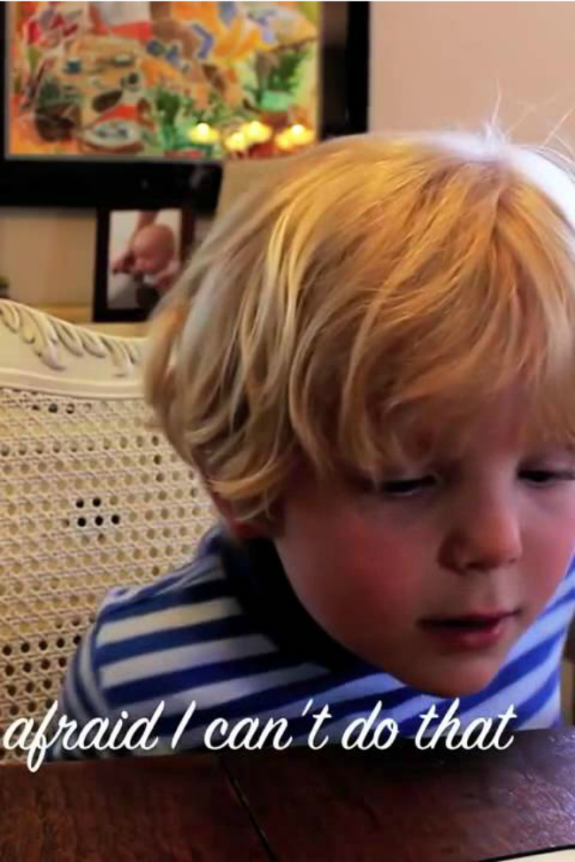 This 5-year-old tried to have a conversation with Siri…