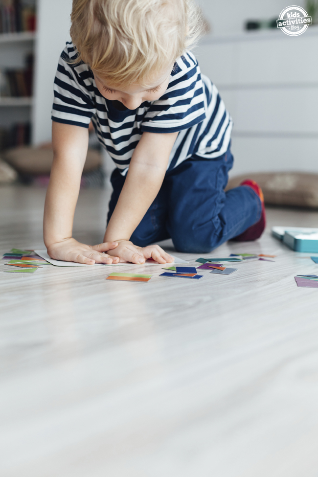 How to Teach Your Kid to Play Alone
