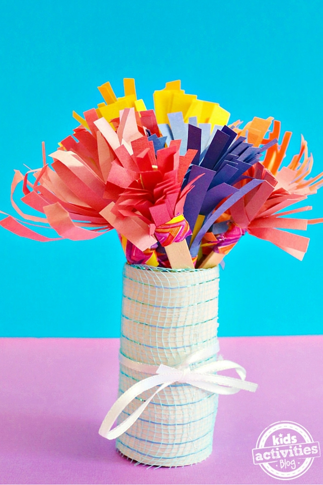 Mother's Day Construction Paper Flower Bouquet Kids Can Make
