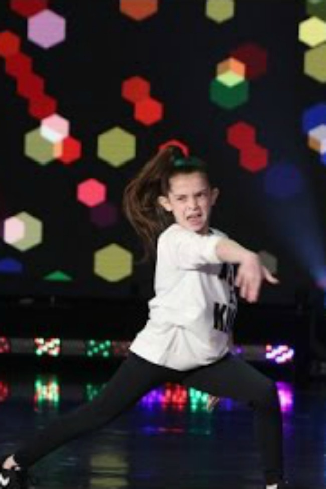 Tiny Dancer Bianca Busts A Move On The Ellen Show!