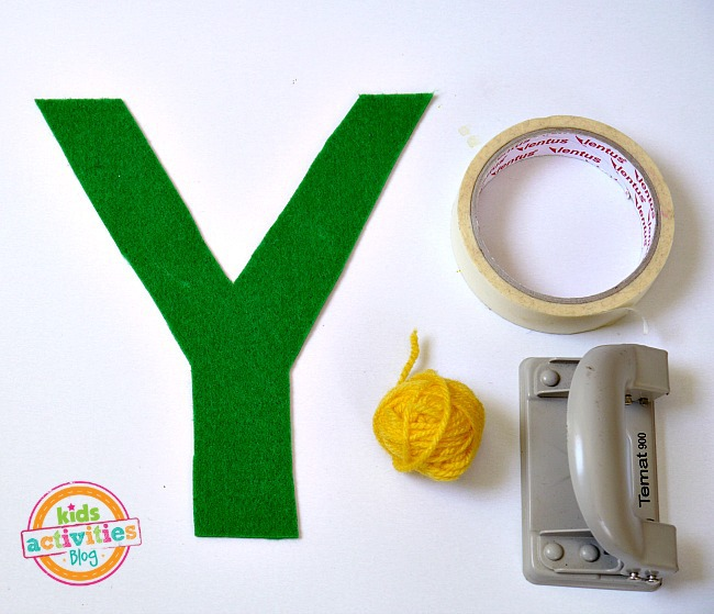 yarn craft letter Y